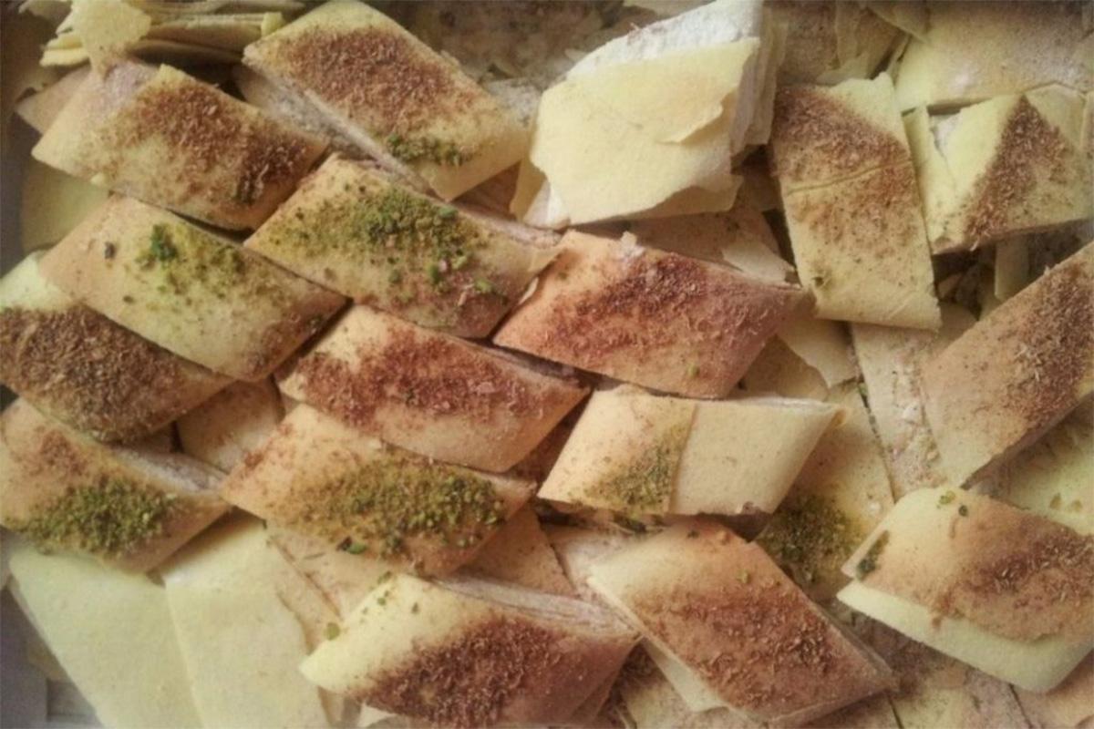 Kaak Bread