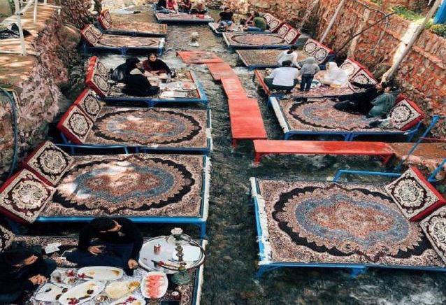 تختهای روی آب در دربند تهران