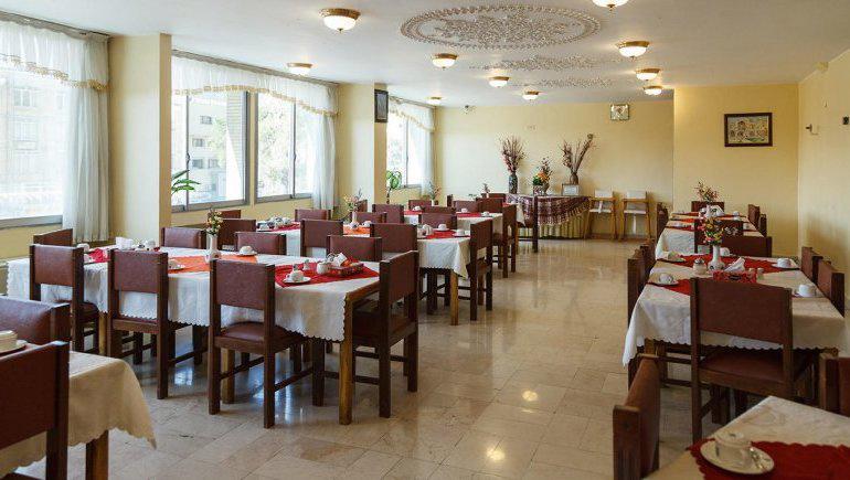 رستوران هتل کوثر