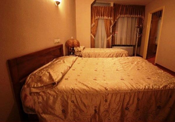 اتاق سه تخته در هتل کوثر شیراز