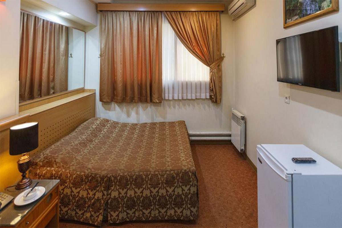 اتاق دو تخته دبل در هتل ساسان