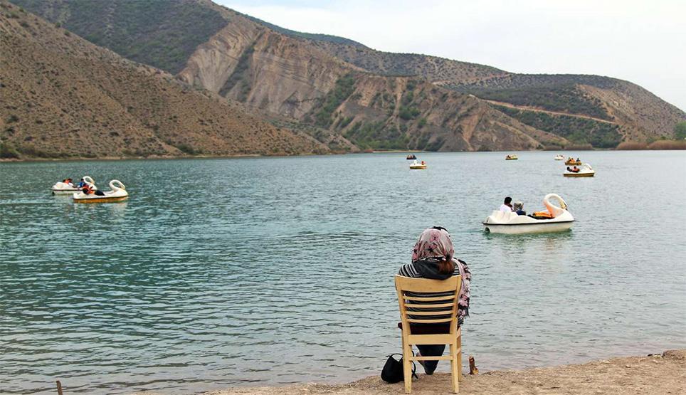قایقهای پدالی در این دریاچه