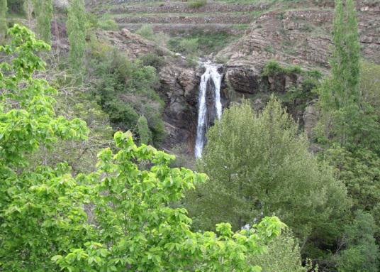 آبشار ناران یا آبشار کفترلو در تهران