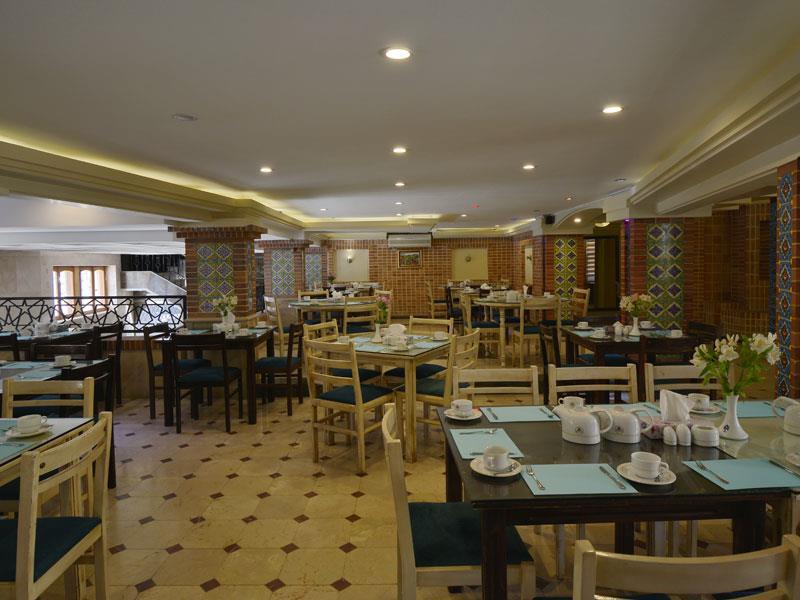 رستوران هتل ارگ شیراز