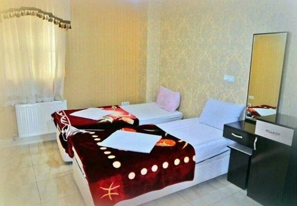دو تخته تویین در هتل آرنیکا شیراز
