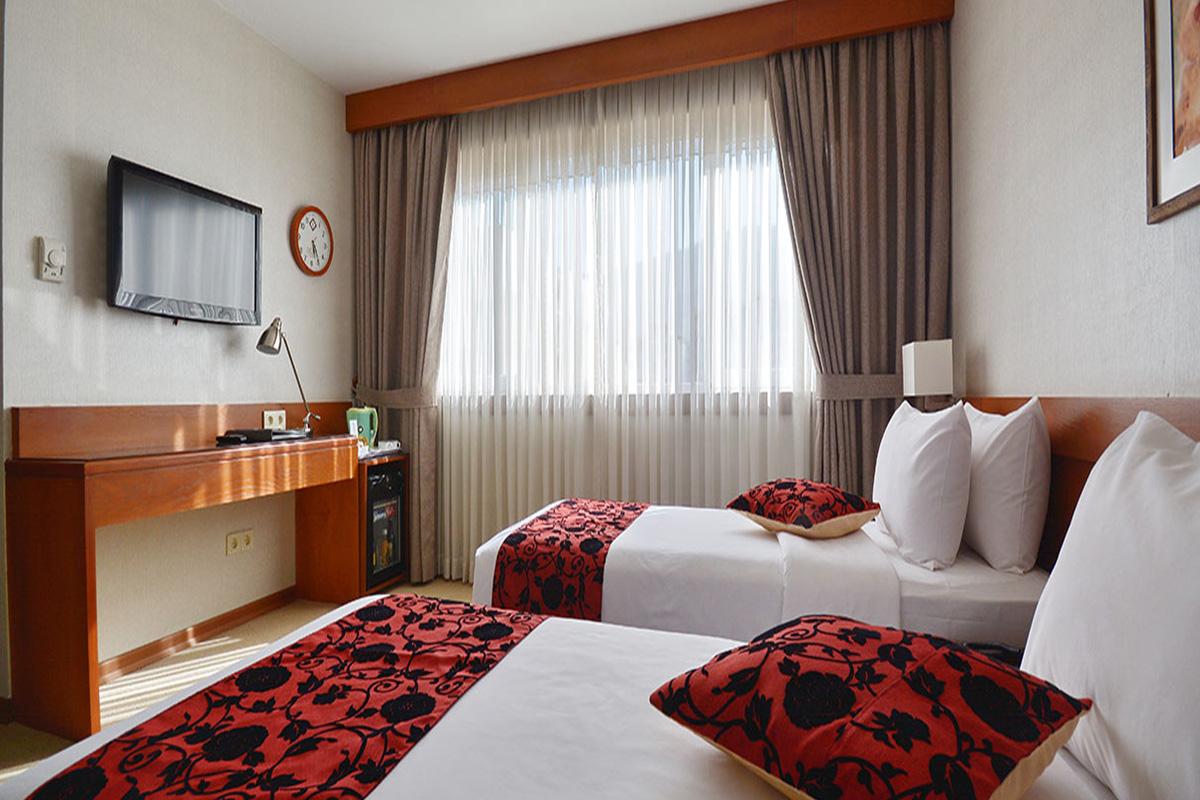 اتاق دو تخته دو نفره هتل الیزه شیراز