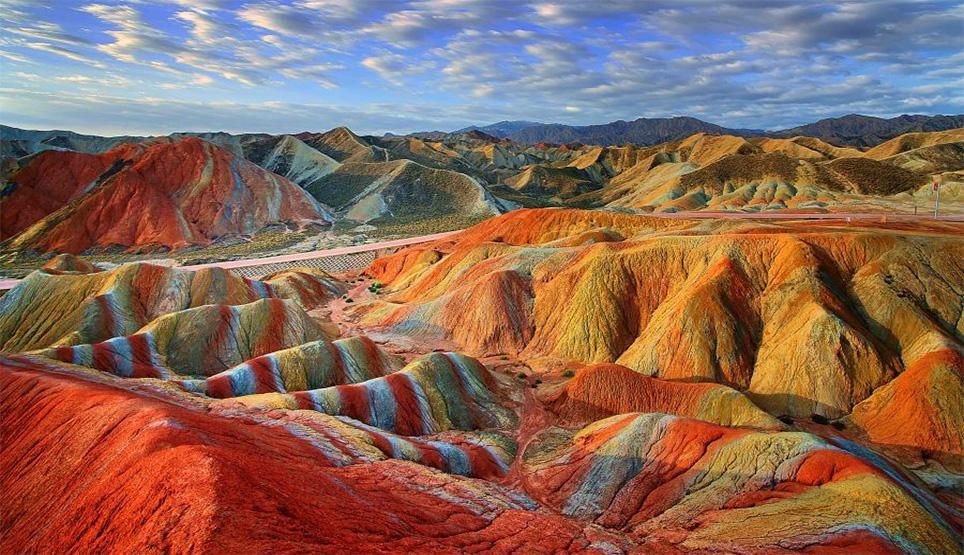 دره رنگین کمان در هرمز