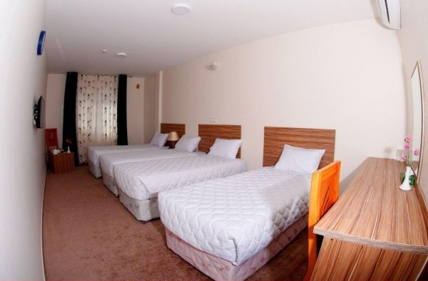 اتاق ۴ تخته هتل نصیرالملک