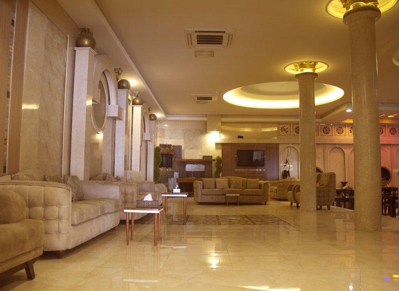 هتل صدرا