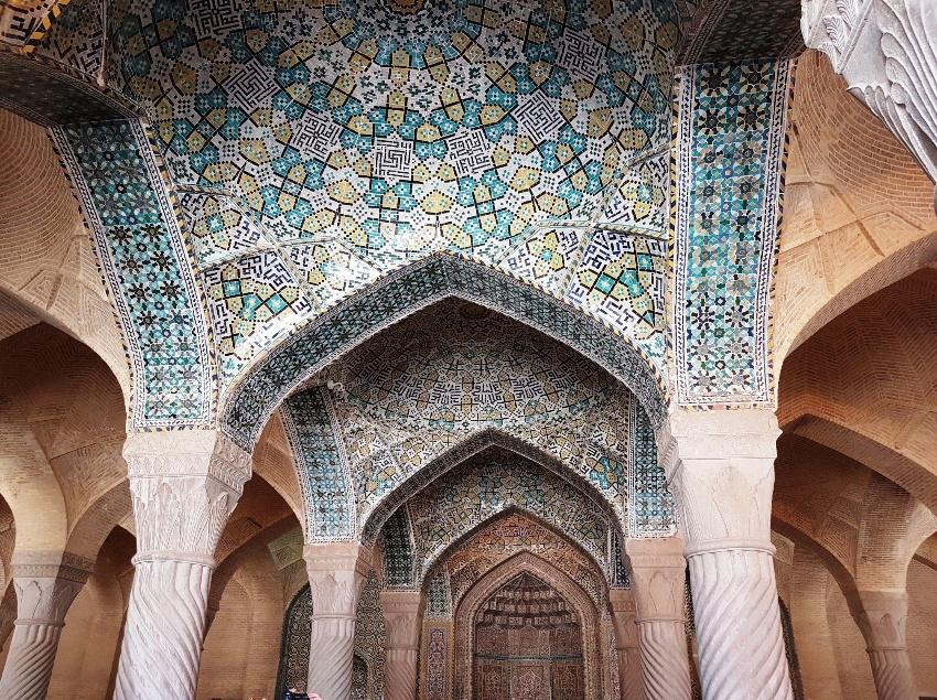 سقف مسجد وکیل
