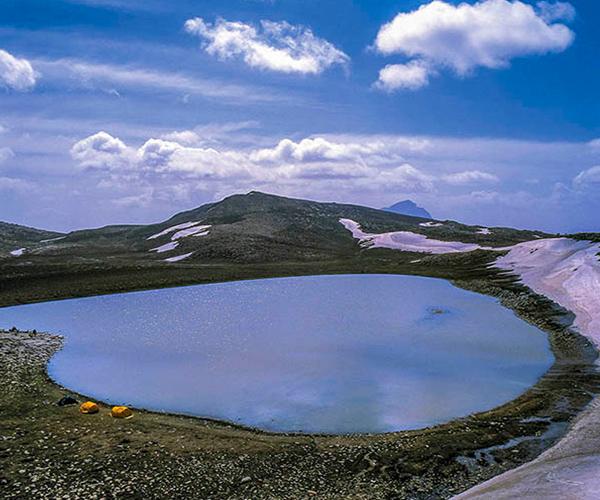 دریاچه برم فیروز در سپیدان
